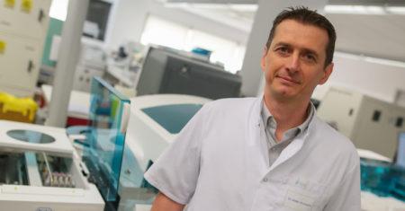 Gen-Bio_Montlucon-StFrancois_biologiste2